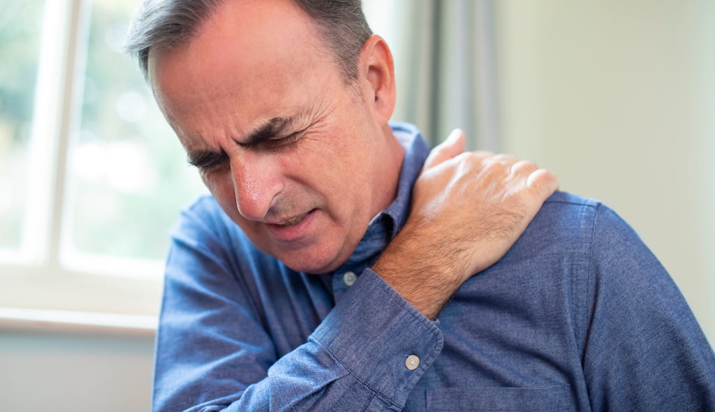 Frozen shoulder shockwave therapy.
